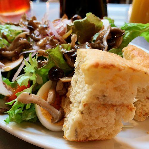 キノコミックスサラダ&自家製パン