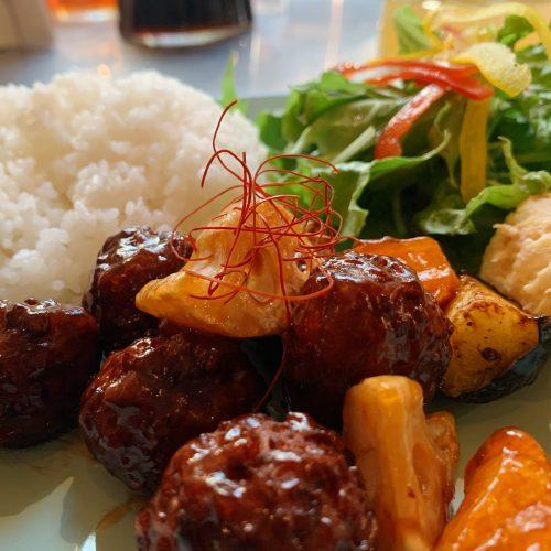 黒酢肉団子プレート